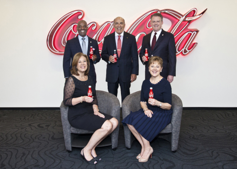 Seated from left: Beth Howell, Atlanta RMHC President & CEO; Helen Carlos, Atlanta RMHC Board Standing from left: Craig Williams, The Coca-Cola Company, Event Chair; Muhtar Kent, Chairman of the Board, The Coca-Cola Company, Event Honoree; Rich DeAugustinis, The Coca-Cola Company, Atlanta RMHC Board Chair (Photo: Business Wire)