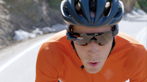 SOLOS to showcase its new smart glasses at the 2018 IRONMAN World Championship and additional IRONMAN and IRONMAN 70.3 events this year (Photo: Business Wire)