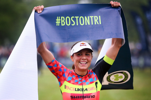Ironman Angela Naeth takes the women's title at the 2018 Columbia Threadneedle Investments Boston Triathlon (Photo: Adam Glanzman for Getty Images)