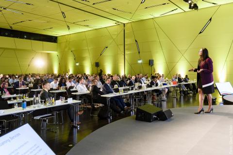SIGOS conference presentation - photo: www.uwe-niklas.com