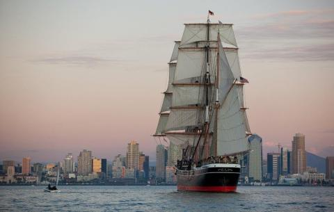 Star of India, once a merchant vessel, immigrant ship, lumber carrier, and now living museum, sailing home to Maritime Museum of San Diego in 2013. (Photo: Ted Walton)