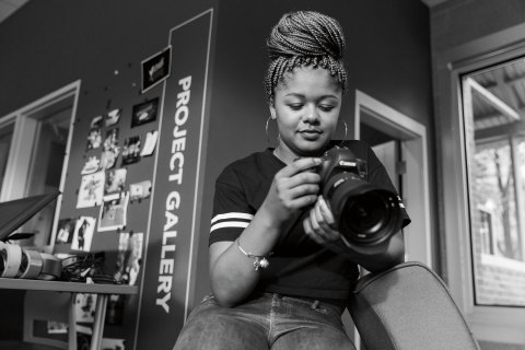 Naje is one of the students who attend the Best Buy Teen Tech Center at Hope Community Center in Minneapolis, sharing their experiences in videos as the centerpiece of a national paid media campaign launching this week. (Photo: Business Wire)