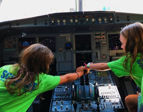 The JetBlue Foundation and Project Scientist are empowering the next generation of girls in STEM and aviation. (Photo: Business Wire)