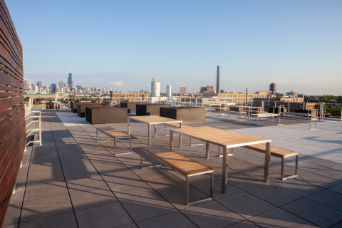 The new C.H. Robinson office features spaces to host customer and carrier industry thought leadership events, such as the 5,000 square foot rooftop terrace. (Photo: Steve Miller)