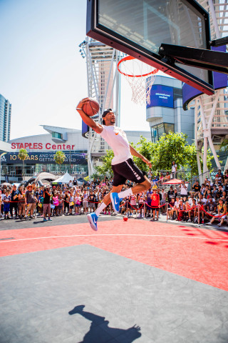 The 10th Annual Nike Basketball 3ON3 Tournament at L.A. LIVE features street play on more than 100 courts surrounding STAPLES Center and L.A. LIVE in addition to the fan-favorite Nike Slam Dunk Contest in Microsoft Square throughout the weekend of Aug. 4-5, 2018. (Photo: Business Wire)