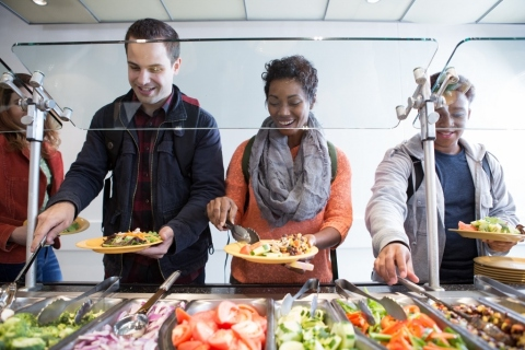 Aramark, the award-winning-food and facilities partner, serving more than 3 million higher education students on more than 500 college and university campuses each year, is introducing new sustainability commitments, healthier menu items and innovative programs, this school year. (Photo: Business Wire)