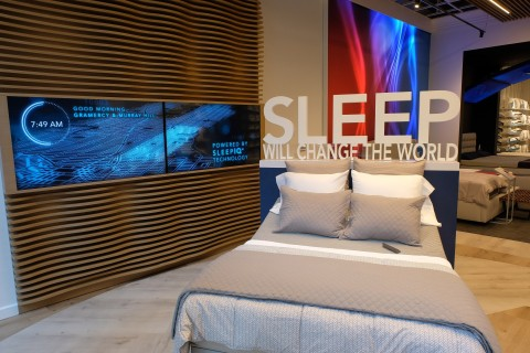 Sleep Number brings proven quality sleep to Manhattan with its new Flatiron store, located at 136 5th Avenue. The store experience includes a large digital map illuminating how neighborhoods across New York are sleeping - Sleep Number's SleepIQ technology in action! (Photo: Business Wire)