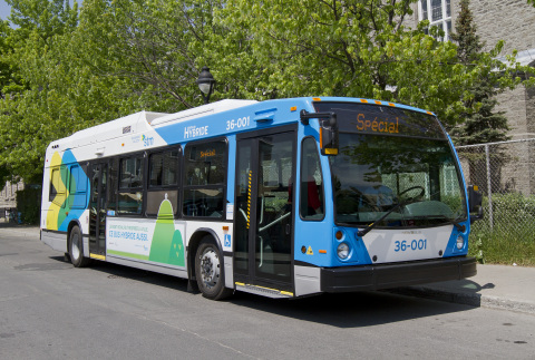 Société de transport de Montréal, a member of ATUQ, uses electric-hybrid systems by BAE Systems to decrease harmful emissions and fuel usage. (Photo: BAE Systems)