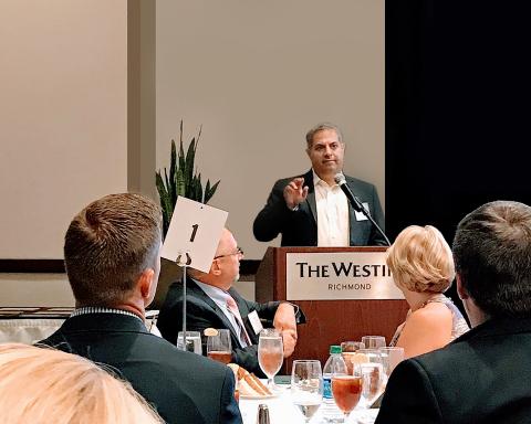 Anthony Iasso, president of InCadence Strategic Solutions, accepting the 2018 VALET Award. (Photo: B ...