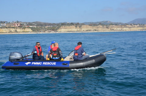 Pacific Marine Mammal Center and SeaWorld volunteers use newly-donated Yamaha F40 outboards for marine mammal rescue on the Pacific Coast. (Photo: Business Wire)