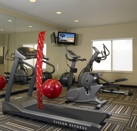 Elliptical equipment, a treadmill and free weights are available 24 hours a day (Photo: Business Wire)