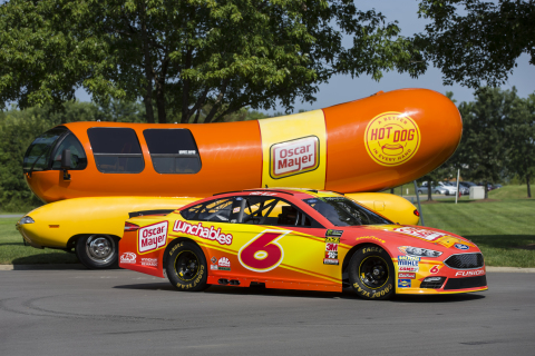 Matt Kenseth's No. 6 Oscar Mayer Ford Fusion of Roush Fenway Racing is sponsored by Oscar Mayer for the NASCAR throwback weekend at Darlington Raceway, and its scheme is inspired by the Wienermobile. (Photo: Business Wire)