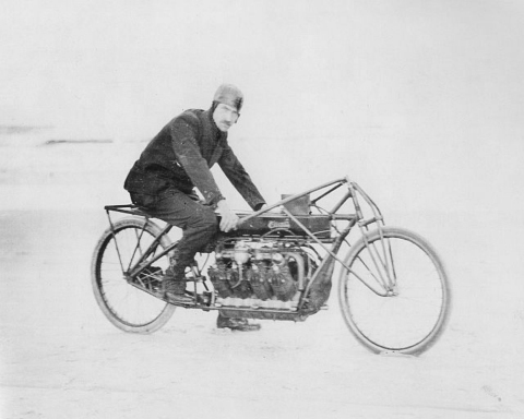 """The Curtiss Hera is inspired by Glenn Curtiss' land speed record-setting 1907 V8 motorcycle, the iconic machine which earned Glenn Curtiss the title """"Fastest Man on Earth"""" when on January 23, 1907, he was officially clocked in a measured mile at 136.3mph on Ormond Beach in Florida. (Photo: Business Wire)"""