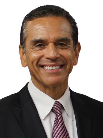 Antonio Villaraigosa joins MedMen's Board of Directors (Photo: Business Wire)