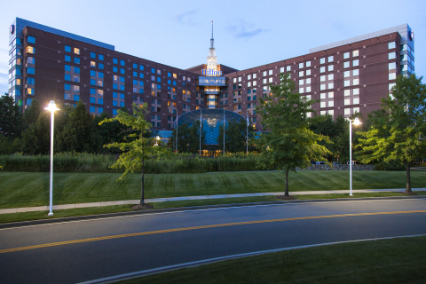 Entic and Hilton Partner to Reduce Utility Consumption by 10% (Photo: Business Wire)