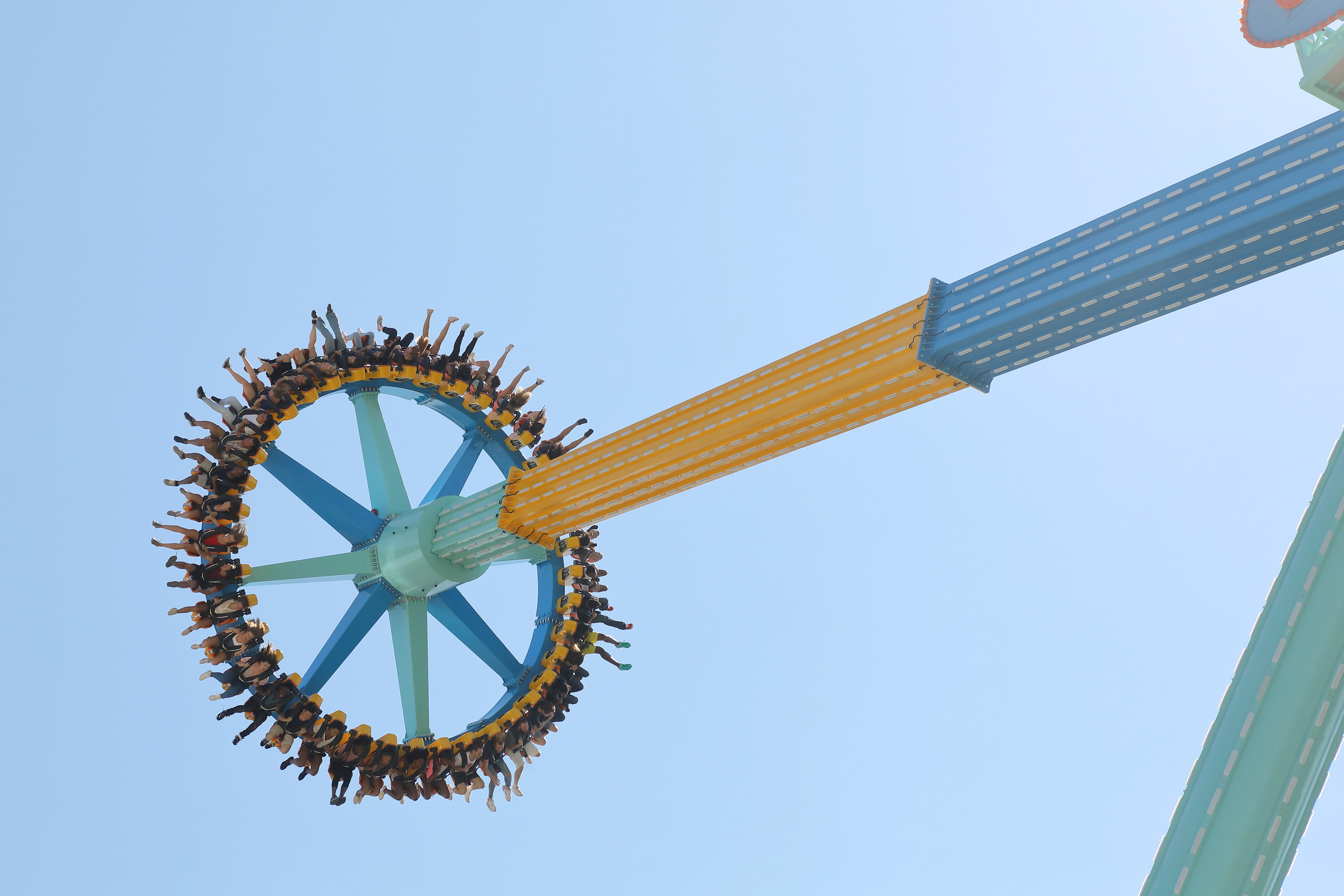 Tallest Swinging Pendulum Ride In The Southeast To Open At