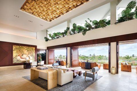 Trump International Hotel Waikiki (Photo: Business Wire)