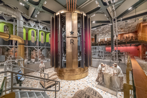 Starbucks Reserve Roastery Milan interior (Photo: Business Wire)