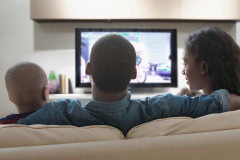Los usuarios de Kiwisat disfrutan de un paquete con más canales a través de SES (Photo: Business Wir ...