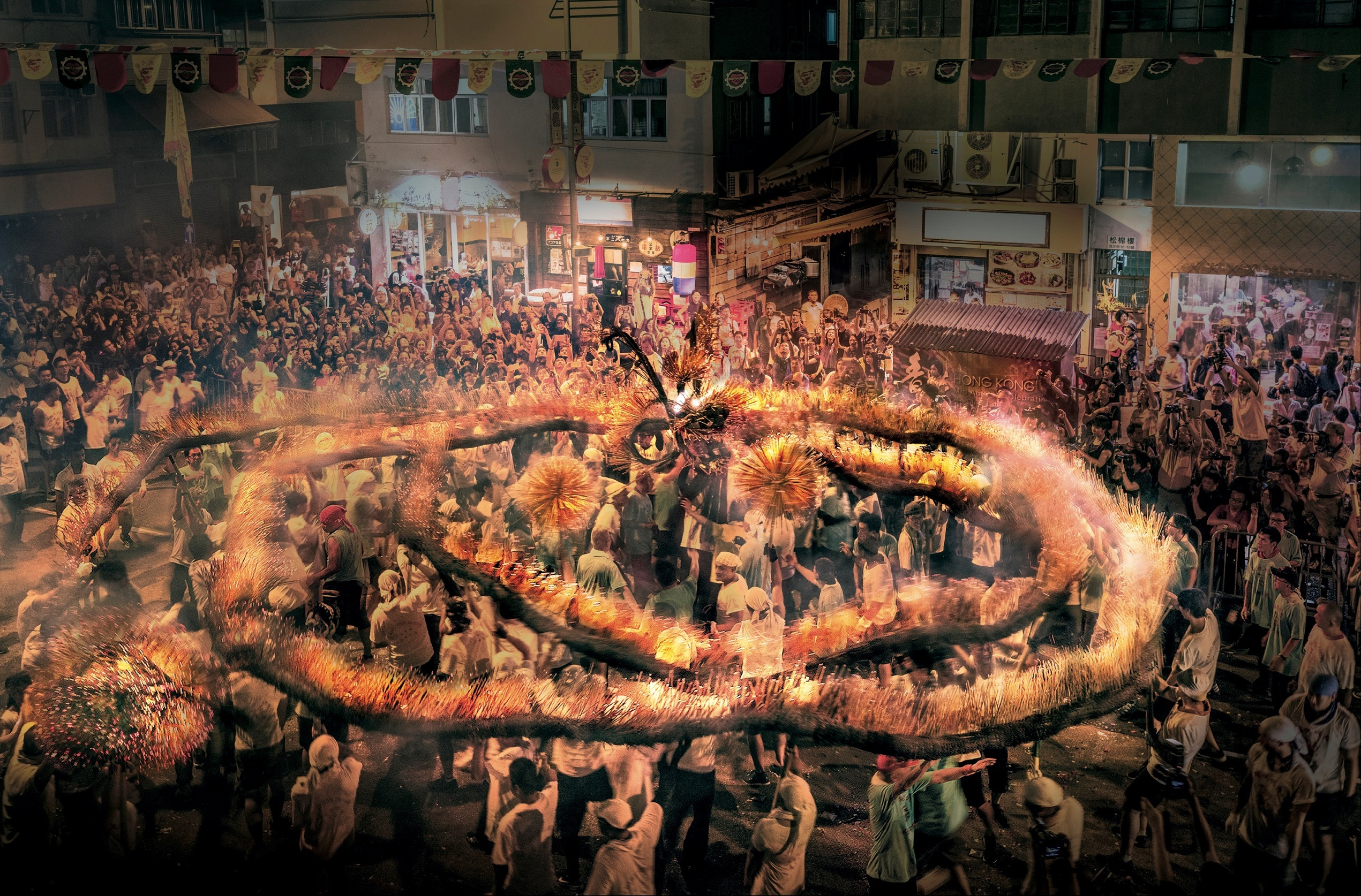 Hong Kong Celebrates the Mid-Autumn Festival with the
