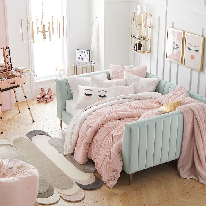 Benefits for a organize teen bedroom