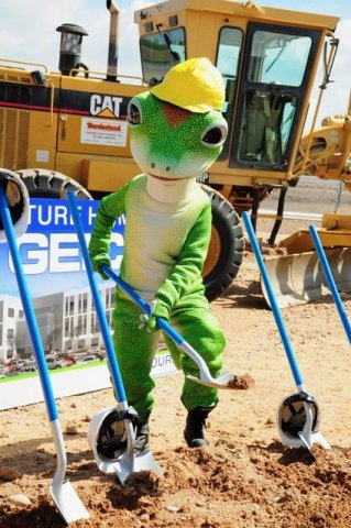 The GEICO Gecko grabbed a shovel and pitched in to help break ground for GEICO's new regional office in Tucson. (Photo: Business Wire)