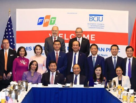 Vietnam Prime Minister Nguyen Xuan Phuc joined a Business Breakfast with US enterprises (Photo: Business Wire)
