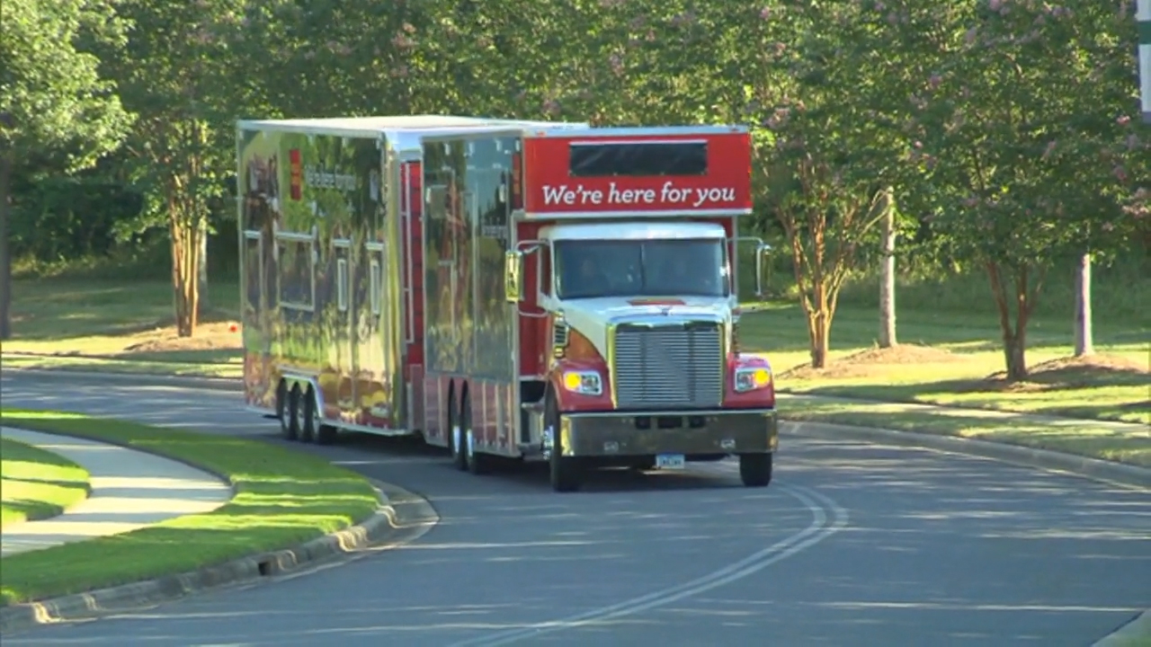 The Wells Fargo Mobile Response Unit in action.