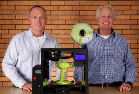 New Aleph Objects, Inc. President Grant Flaharty, left, and Vice President of Marketing Hob Wubbena, ...