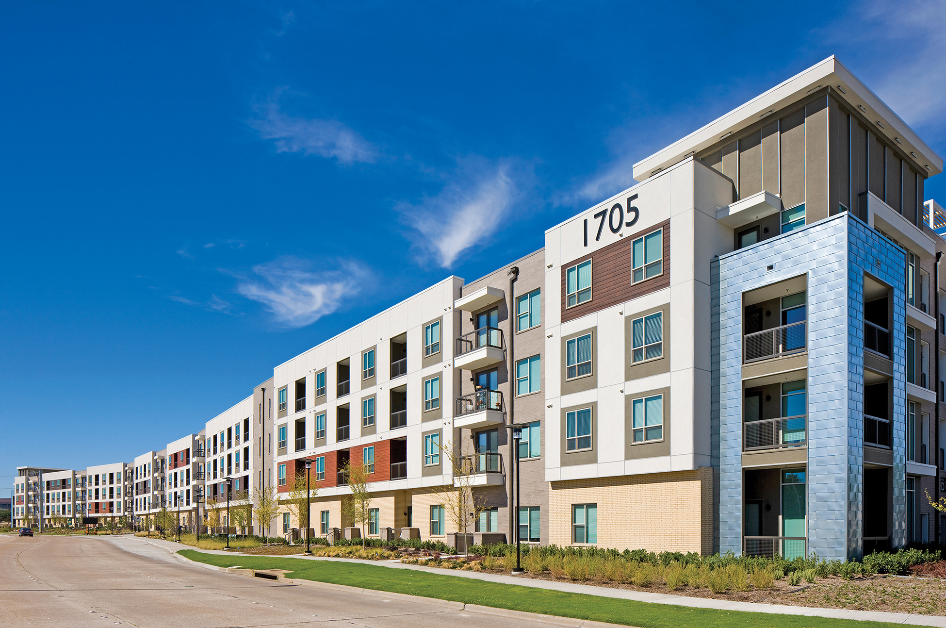 Hunt S The Mallory Eastside Apartments Enters Leasing Homestretch Business Wire