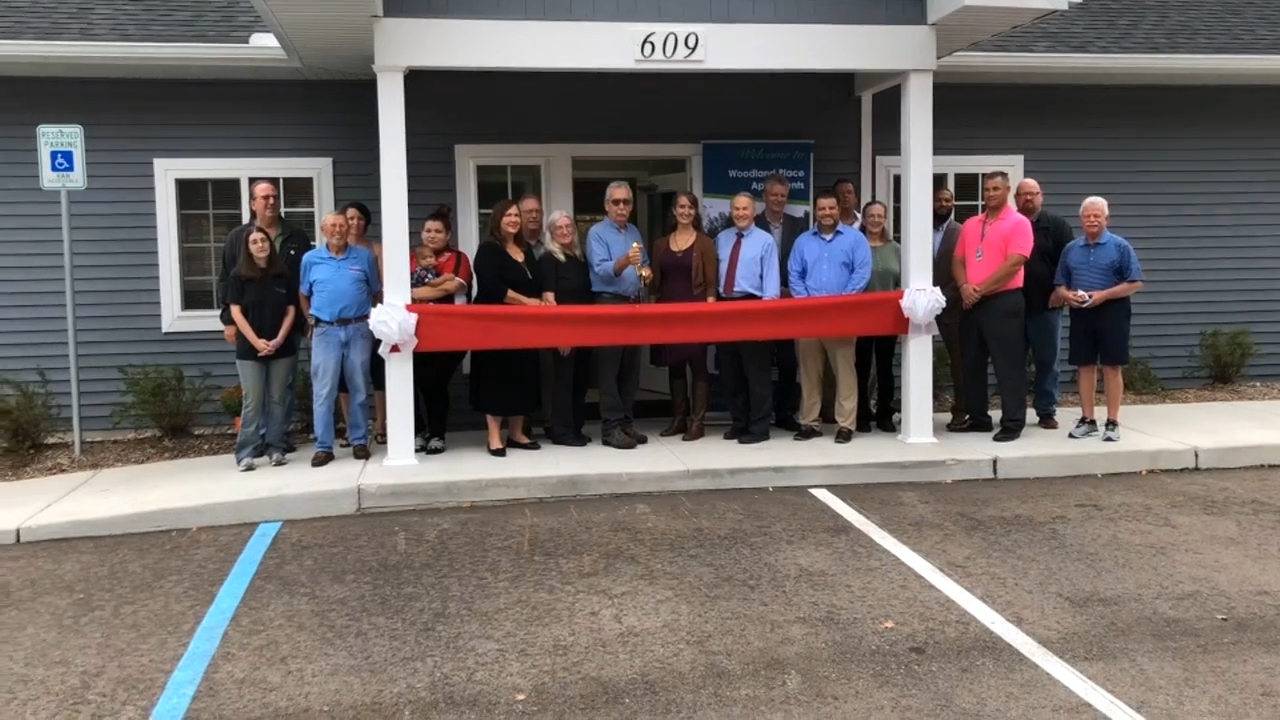 B-Roll of ribbon-cutting ceremony at Woodland Place (Video: Kevin Herglotz).