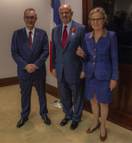 Louis de Corail, French Consul General in Atlanta, with Martin Richenhagen, Chairman, President and Chief Executive Officer of AGCO Corporation receiving the Legion of Honor from Dr. Monique Seefried, Chevalier in the Order of the Legion of Honor during the recent ceremony in Duluth, Georgia, USA. (left to right) (Photo: Business Wire)