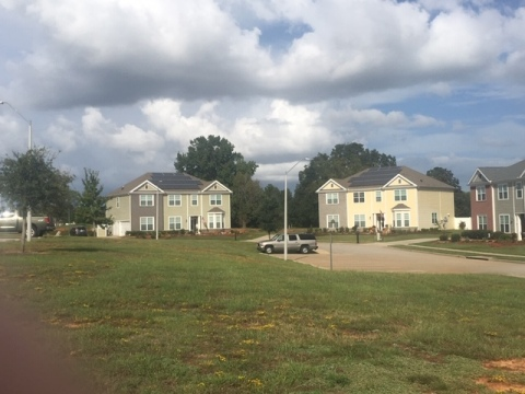 New solar powered homes at Shaw Family Housing on Shaw Air Force Base in South Carolina. (Photo: Business Wire