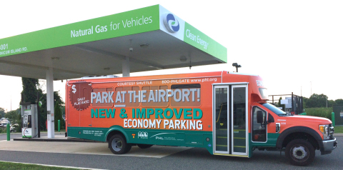 First Transit shuttle bus refuels with natural gas at Clean Energy station at PHL Airport. (Photo: Business Wire)