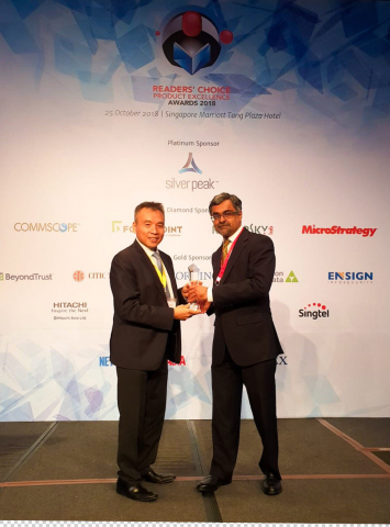 MicroStrategy Accepting the NetworkWorld Asia 2018 Readers' Choice Product Excellence Award (Photo:  ...
