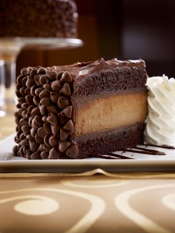 HERSHEY'S Chocolate Bar Cheesecake (Photo: Business Wire)