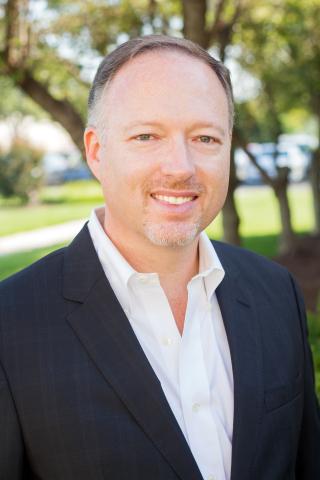 PEIジェネシスのピーター・オースティンが製造、製品管理、マーケティング&トレーニング担当シニアバイスプレジデントに昇進(写真:ビジネスワイヤ)