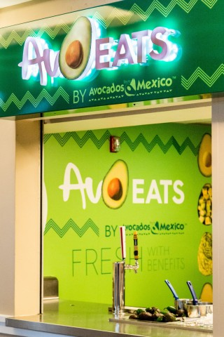 Avocados From Mexico and American Airlines Center launch the first fresh avocado-centric concession stands. New AvoEats stands will offer chef-driven concessions featuring fresh Avocados From Mexico all year long. (Photo: Business Wire)