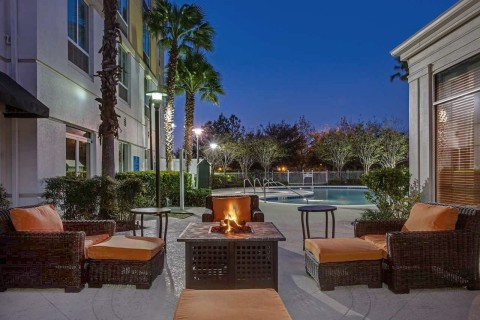 Family fun awaits around the outdoor fire pit. (Photo: Business Wire)