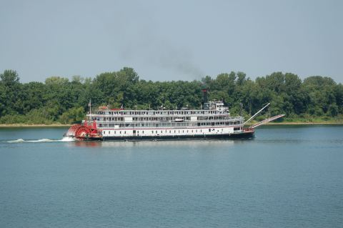 Delta Queen Steamboat voyage in 2008. (Photo: Business Wire)