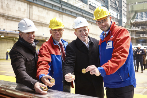 Andy Stuart, President and CEO of Norwegian Cruise Line, Stephan Schmees, Project Manager and Member of the Board at Meyer Werft, Harry Sommer, Executive Vice President of International Business Development for Norwegian Cruise Line and Tim Meyer, Managing Director at Meyer Werft (Photo: Business Wire)