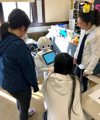 SoftBank Group brings cutting-edge robotics to students in North America (Photo: Business Wire)