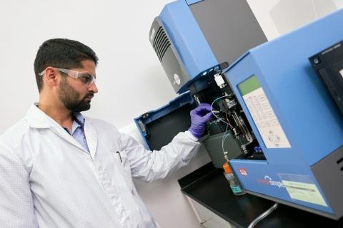 PPD® Laboratories' Athlone GMP lab (Photo: Business Wire)