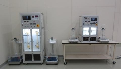 新型膜系统租赁机(左起中型、小型) (照片:美国商业资讯)
