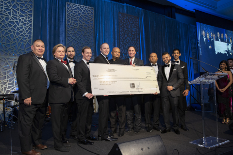 Swapnil Agarwal donating $15,000 to Lone Star Veterans Association (Photo: Business Wire)