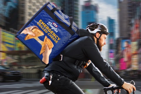 Times Square Gets Cheesy This Holiday Season with Kraft American Singles. (Photo: Business Wire)