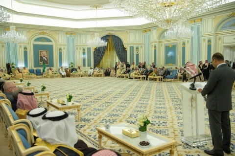 Guests of the National Festival of Heritage and Culture at Al Yamamah Palace in Riyadh (Photo: AETOSWire)