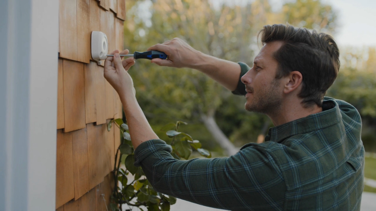 Ring Smart Lighting creates an affordable, easy-to-install network of outdoor, motion-sensing lights that work together to illuminate the dark areas around the home.
