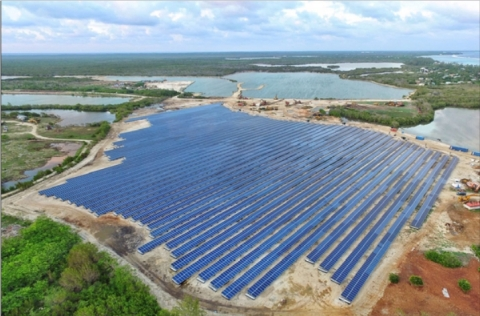 Bodden Town Solar Farm in the Cayman Islands (Photo: Business Wire)