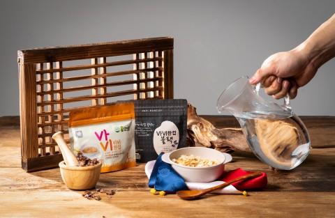 Sanmaru一杯饭锅巴. 韩国的由务农人共同成立的农业法人Sanmaru推出用大米制成的锅巴健康食品进军全球市场。锅巴是用米饭制作的韩国传统食品。(照片:美国商业资讯)